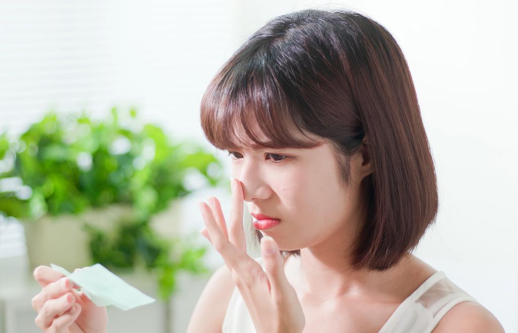 皮脂腺をきになる女性
